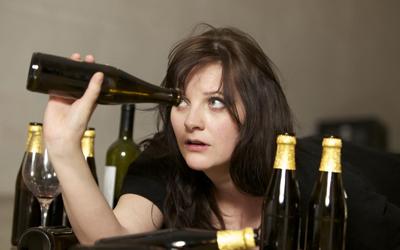 Лечение женского алкоголизма - Алко-помощь