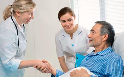 Пациент в клинике - Алко-помощь