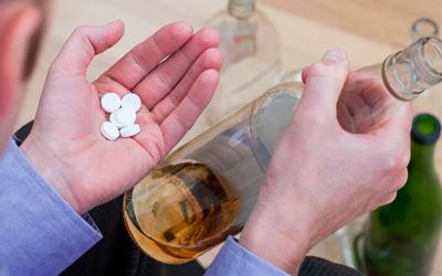 Вариант самолечения - Алко-помощь