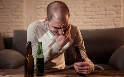 Запой очень опасен тяжелыми осложнениями - Алко-помощь