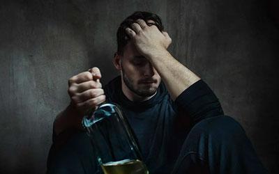 Абстиненция у алкоголиков - Алкопомощь