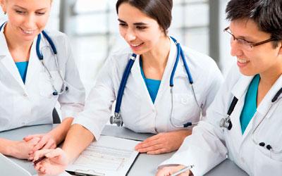 Вам помогут высококвалифицированные специалисты клиники - Алкопомощь