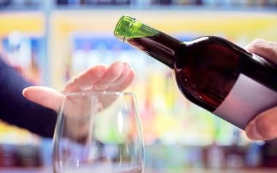 Что такое кодировка от алкоголя - Алко-помощь