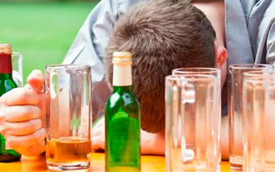 Когда нужно пригласить нарколога на дом - Алко-помощь