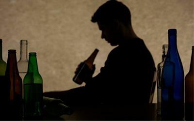 Как проявляется белая горячка - Алко-помощь