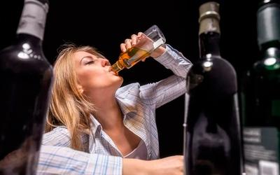 Особенности течения женского пьянства - Алко-помощь