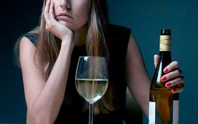 Женский алкоголизм - Алко-помощь