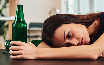 Пивной алкоголизм у женщин - Алко-помощь