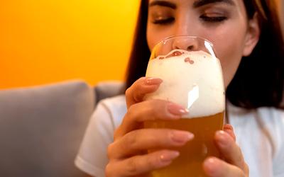 Причины женского пивного алкоголизма - Алко-помощь